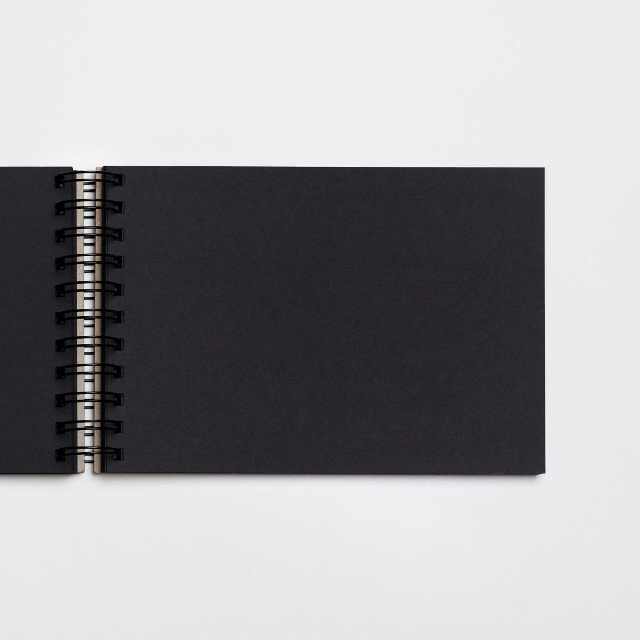 Скетчбук Falafel для графики с черной бумагой A5, 160 г/м², 62л