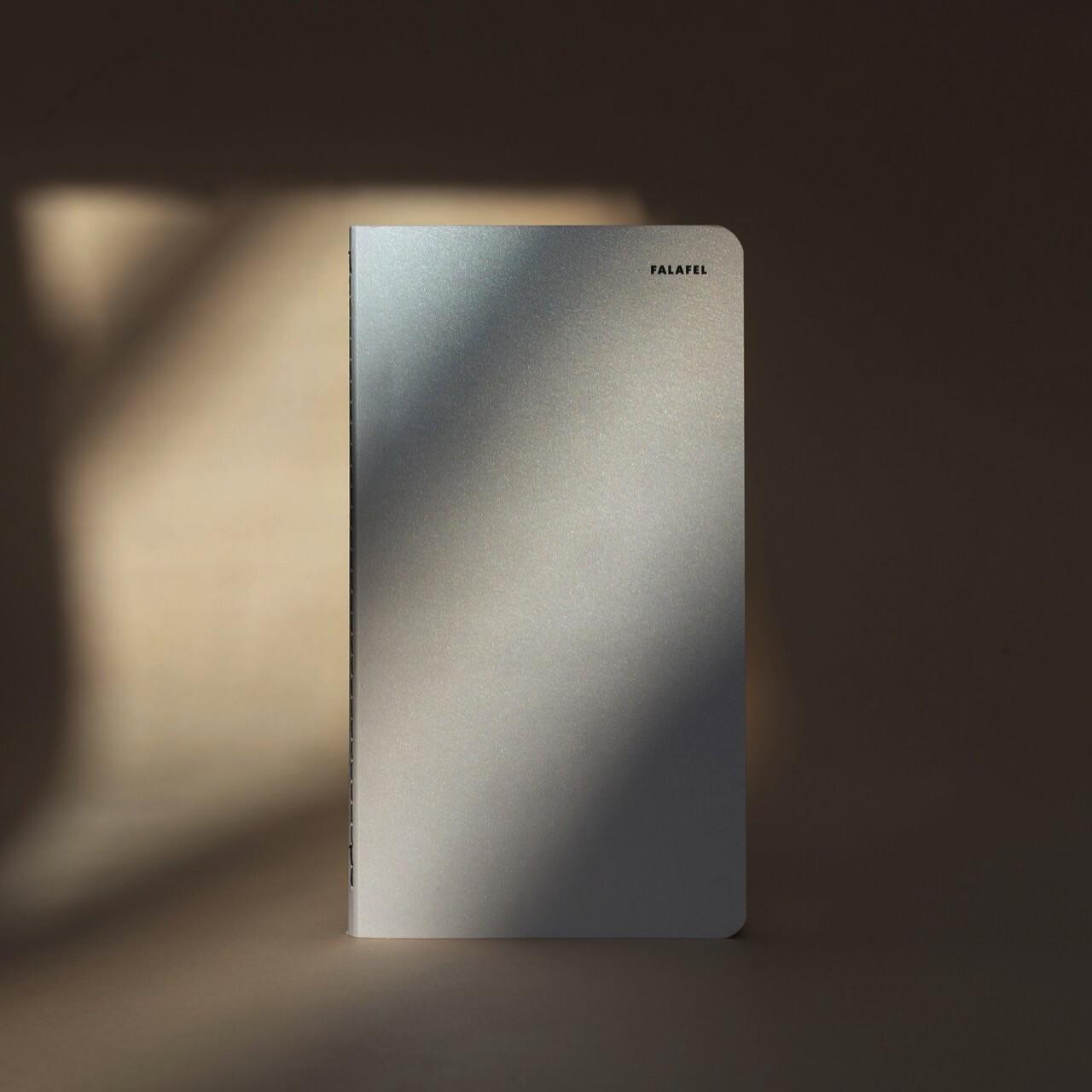 Falafelbooks 3/4 Silver