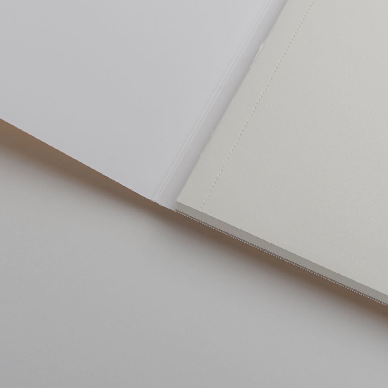 A5 Золотой скетчбук с перфорацией Falafel books Sketchbook Gold