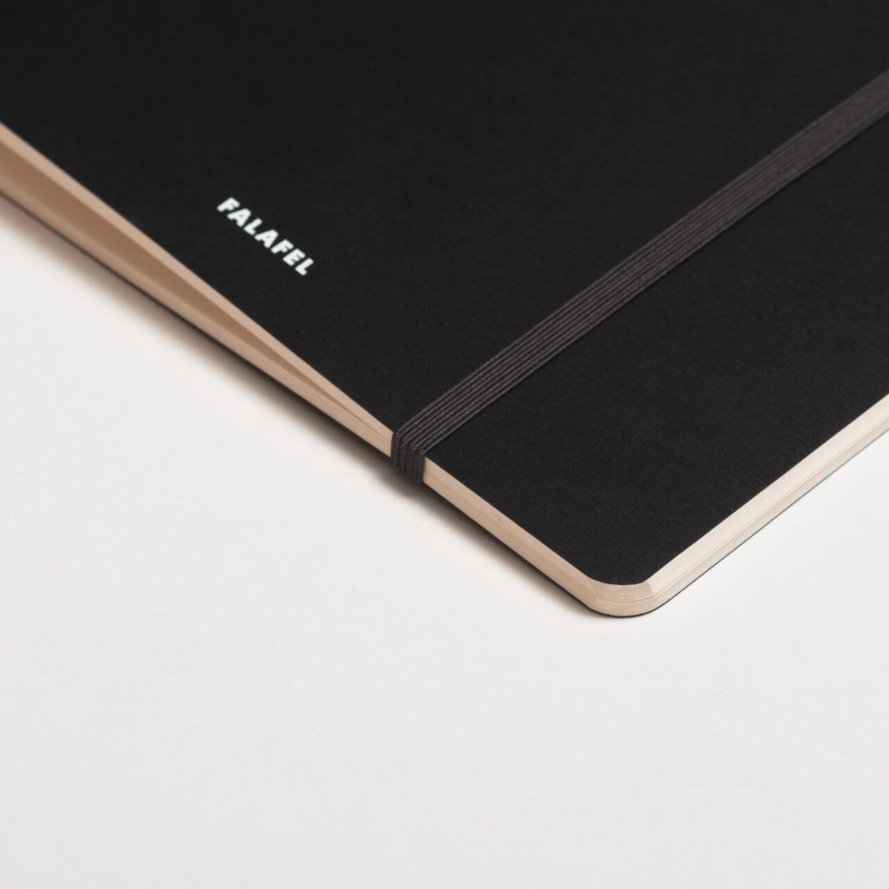 Скетчбук Falafel Black для акварели, 19×19 см, 200 г/м², 20л