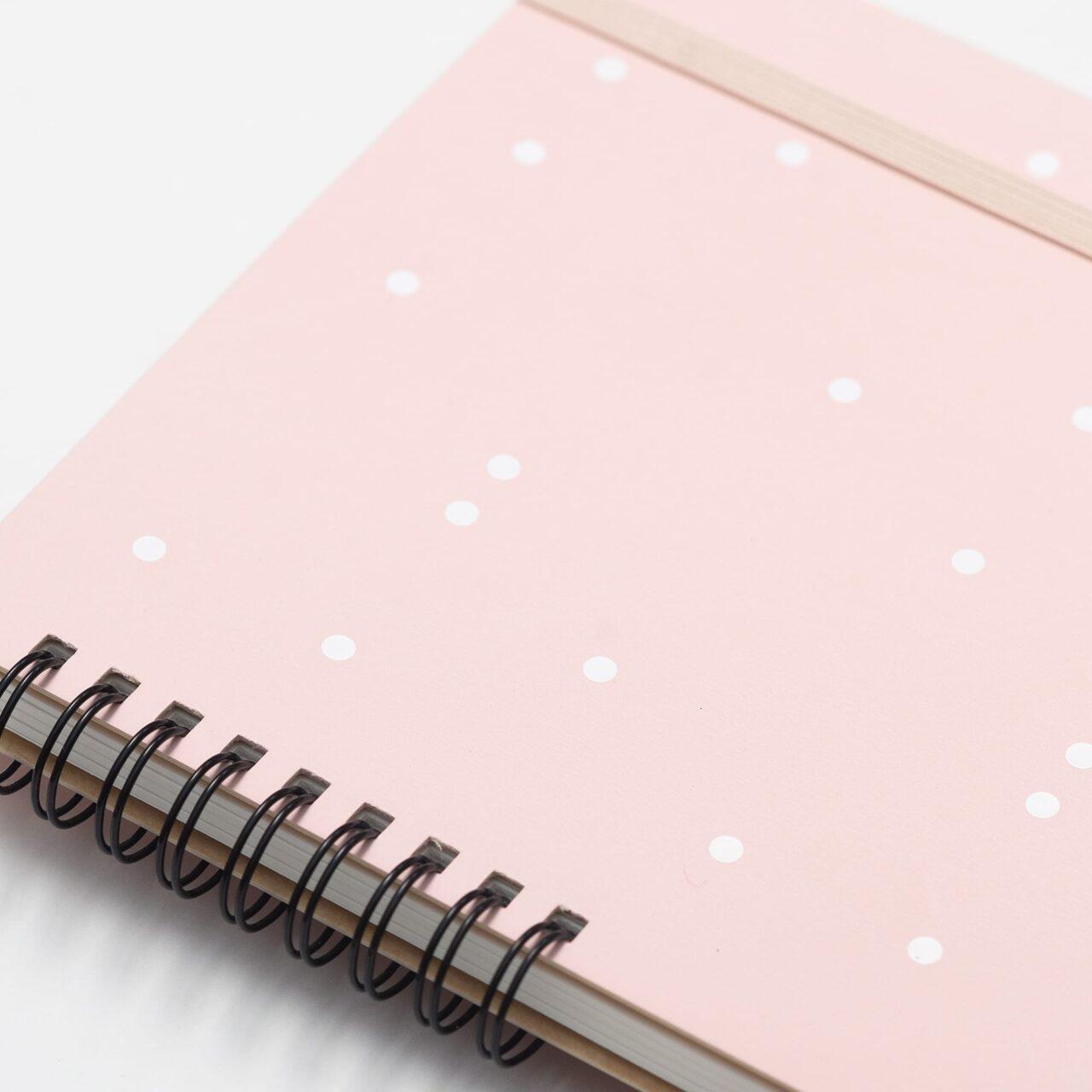 Скетчбук для смешанных техник A5, 180 г/м², 25 листов, розовый